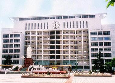 湖北仙桃职业学院